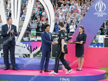 Kane Williamson (New Zealand) receives the award for player of the tournament from Sachin Tendulkar during New Zealand vs England, ICC World Cup Final at Lord's Cricket Ground on 14th July 2019