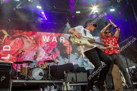 Cold War kids - Joe Plummer, Matt Maust and Nathan Willett