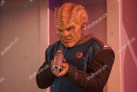 Peter Macon as Lt. Cmdr. Bortus