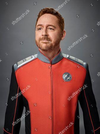 Scott Grimes as Lt. Gordon Malloy