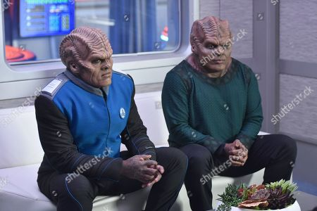 Stock Picture of Peter Macon as Lt. Cmdr. Bortus and Chad L. Coleman as Klyden