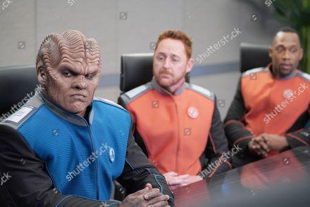 Peter Macon as Lt. Cmdr. Bortus, Scott Grimes as Lt. Gordon Malloy and J Lee as Lt. Cmdr. John LaMarr