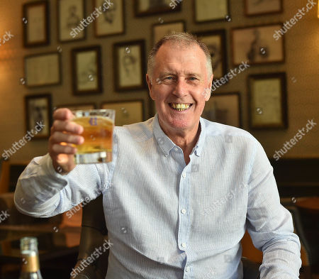 Stock Photo of Sir Geoff Hurst. 1966 World Cup Hat-trick Hero Sir Geoff Hurst Enjoys A Jack Daniel's And Ginger Ale. Football Feature 1966 World Cup Winner. Picture Graham Chadwick.