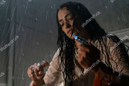 Natalie Martinez as Jennifer Robbins