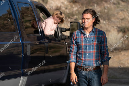 Lia McHugh as Maggie Singer and Clayne Crawford as Nathan