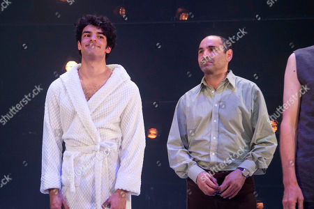 Ethan Kai (Alan Strang) and Zubin Varla (Martin Dysart) during the curtain call