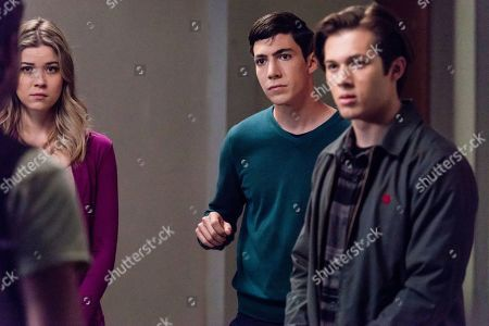 Meghan Rienks as Zoe Parker, Tyler Chase as Barrett McIntyre and Leo Howard as Grover Jones