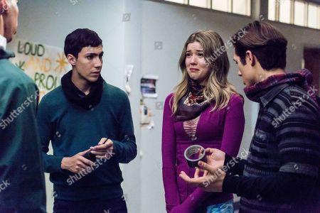 Tyler Chase as Barrett McIntyre, Meghan Rienks as Zoe Parker and Leo Howard as Grover Jones
