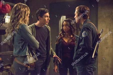 Meghan Rienks as Zoe Parker, Tyler Chase as Barrett McIntyre, Liza Koshy as Violet Adams and Leo Howard as Grover Jones