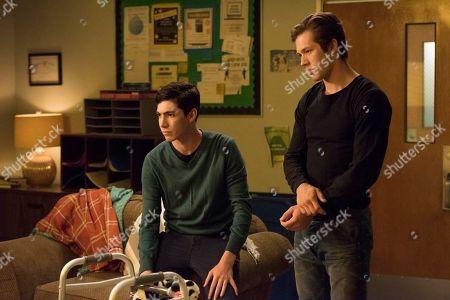 Tyler Chase as Barrett McIntyre and Leo Howard as Grover Jones