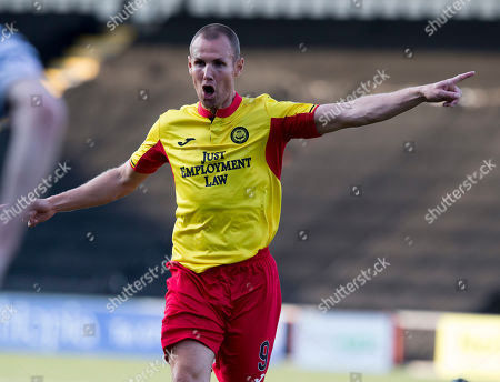 Queens Park V Partick Thistle, Befred Cup. Partick's Kenny Miller