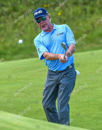Miguel Angel Jimenez on the 10th green
