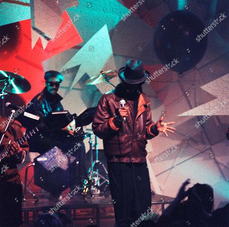 Pop Band: Aswad: Angus Gaye aka Drummie Zeb - vocals, drums; Tony Robinson aka Tony Gad - vocals, bass, keyboards; Brinsley Forde aka Dan - vocals, rhythm guitars