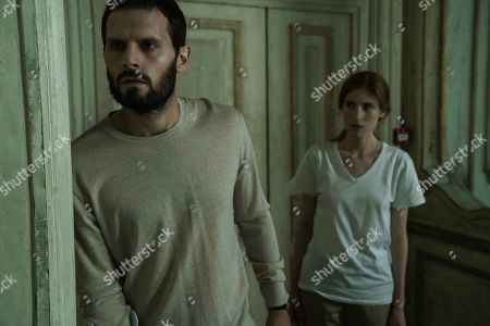 Hugo Becker as Paul Vanhove and Agathe Bonitzer as Esther Vanhove