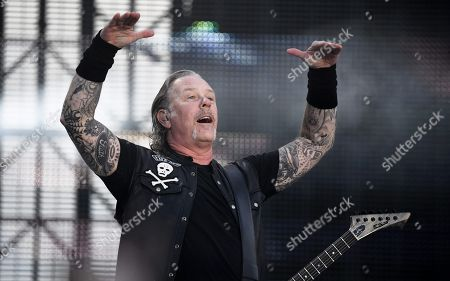 Metallica - James Hetfield on stage during the band's Worldwired Tour concert