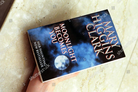 Moonlight Becomes You Paperback Book By Mary Higgins Clark For Feature.