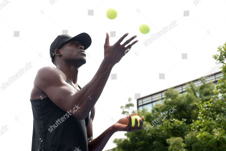 Richard Riakporhe during a Public Workout at Potters Fields Park on 17th July 2019