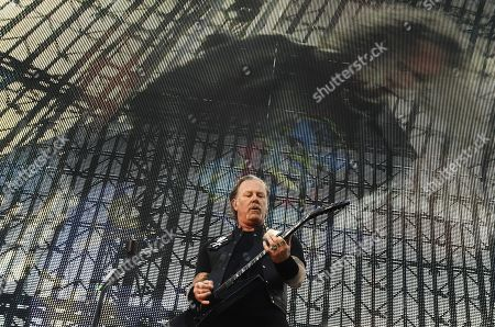 Metallica - James Hetfield performs on stage during the band's Worldwired Tour