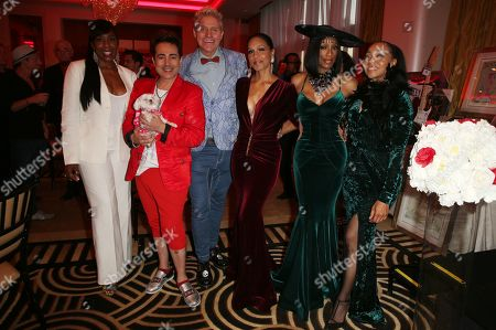 Stock Photo of Dawnn Lewis, Patrik Simpson, Pol Atteu, Rhona Bennett, Terry Ellis, Cindy Herron, Of En Vogue