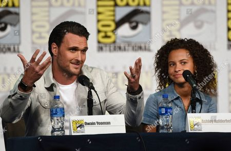 "Owain Yeoman, Ashley Aufderheide. Owain Yeoman, left, and Ashley Aufderheide participate in the ""Emergence"" panel on day one of Comic-Con International, in San Diego"