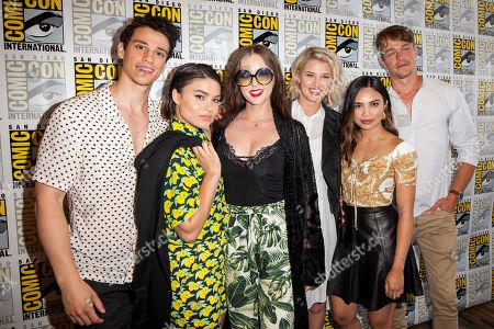Stock Picture of Adam DiMarco, Devery Jacobs, Katharine Isabelle, Sarah Grey, Louriza Tronco and Thomas Elms