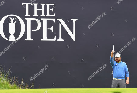 JB Holmes of the US on the 18th green during the second round of the British Open Golf Championship at Royal Portrush, Northern Ireland, 19 July 2019.