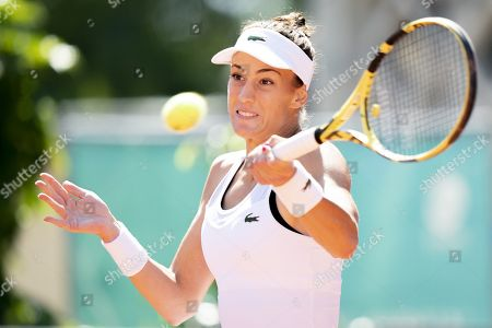 Bernarda Pera from USA returns a ball to Xinyun Han from China during their quarter final match at the WTA International Ladies Open Lausanne tournament, in Lausanne, Switzerland, 19 July 2019.
