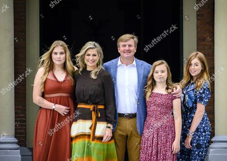 (L-R) Dutch Princess Catharina-Amalia, Queen Maxima, King Willem-Alexander, Princess Ariane and Princess Alexia pose during the annual royal photo session in the garden of Huis ten Bosch Palace in The Hague, Netherlands, 19 July 2019. Huis ten Bosch is one of three official residences of the Dutch royal family.