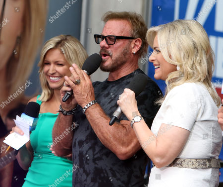 Stock Image of Ainsley Earhardt, Janice Dean and Phil Vassar