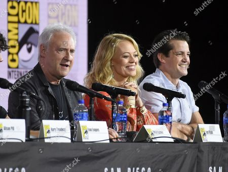 """Brent Spiner, Jeri Ryan, Jonathan Del Arco. Brent Spiner, from left, Jeri Ryan and Jonathan Del Arco participate in the """"Star Trek: Picard"""" portion of the Enter the """"Star Trek"""" Universe panel on day three of Comic-Con International, in San Diego"""