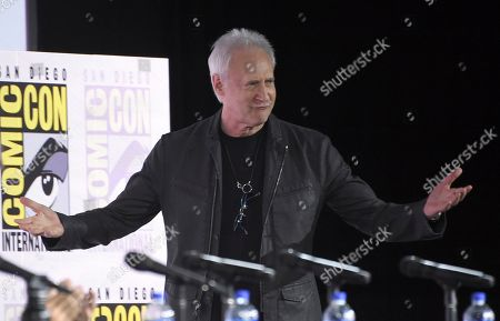 """Brent Spiner walks on stage at the """"Star Trek: Picard"""" portion of the Enter the """"Star Trek"""" Universe panel on day three of Comic-Con International, in San Diego"""