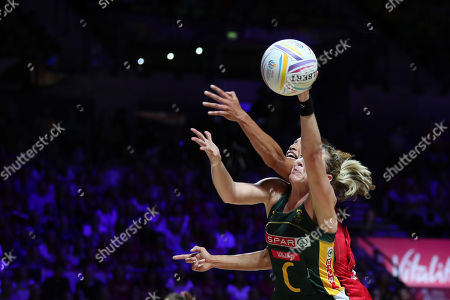 Erin Burger of South Africa and Serena Guthrie of England