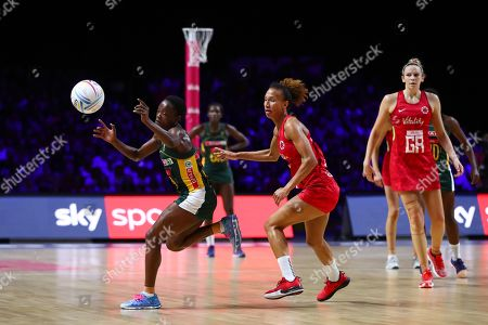 Bongiwe Msomi of South Africa and Serena Guthrieof England.