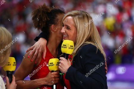 Head coach of England, Tracey Neville and Serena Guthrie of England.
