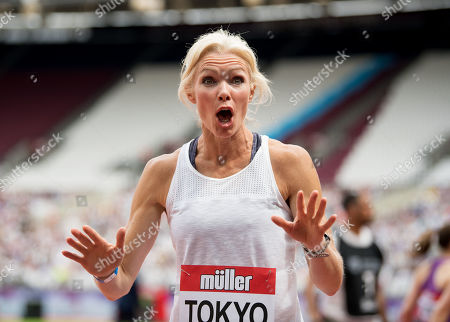 Nell McAndrew during the Legends relay