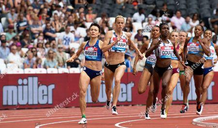 Lynsey Sharp wins the 800m