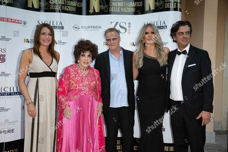 Lucia Borgonzoni; Gina Lollobrigida ; Christopher Lambert ; Tiziana Rocca ;Michel Curatolo