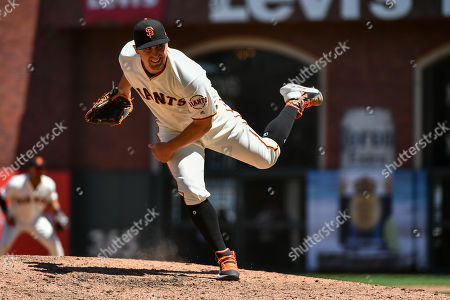 San Francisco Giants starting pitcher Derek Holland (45) in action during the MLB game between the New York Mets and the San Francisco Giants at Oracle Park in San Francisco, CA