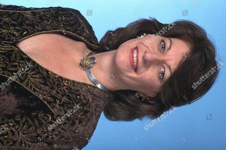 Clare Latimer - 1995 4679 5096 1622 2517 Daily Mail 7/12/95 -1 Barham Clare Latimer