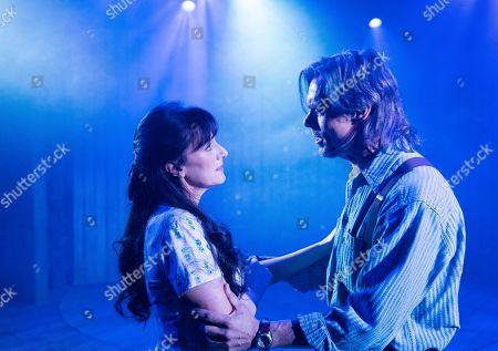 Jenna Russell as Francesca, Ed Baker-Duly as Robert Kincaid