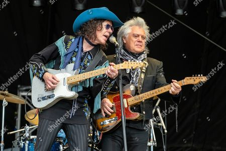 Marty Stuart and The Fabulous Superlatives - Kenny Vaughan and Marty Stuart