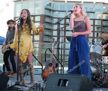 Taylor Dye and Madison Marlow from Maddie & Tae
