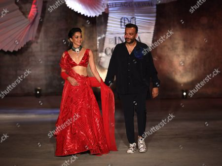 Stock Image of Kiara Advani and Amit Aggarwal on the catwalk