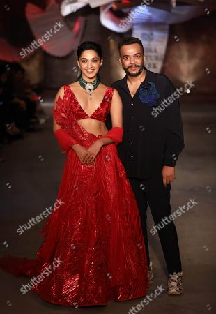 Kiara Advani and Amit Aggarwal on the catwalk