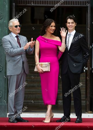 Michael Douglas, Catherine Zeta-Jones and Dylan Michael Douglas arrive at the Guildhall