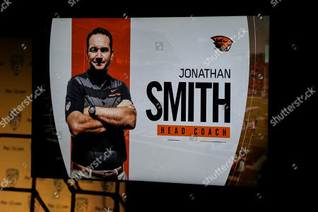 Hollywood CA,..Oregon State coach Jonathan Smith during the PAC-12 Media Day at the Ray Dolby Ballroom located within Hollywood & Highlands (Photo by Jevone Moore)