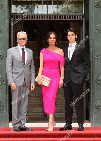 Michael Douglas, Catherine Zeta-Jones, Dylan Michael Douglas