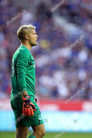 Everton goalkeeper Jonas Lossl