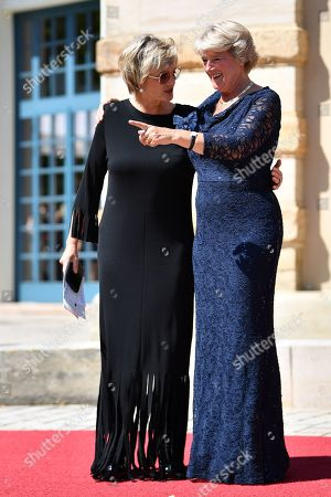 Stock Image of Princess Gloria of Thurn and Taxis (L) and Monika Gruetters, Minister of State for Culture and Media arrive for the opening of the 108th Bayreuth Festival at the Richard-Wagner-Festspielhaus in Bayreuth, Germany, 25 July 2019. The Richard Wagner Festival opens with the opera 'Tannhaeuser' on 25 July and runs through 28 August.