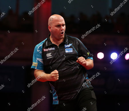 Rob Cross during the last 8 of the World Matchplay Darts 2019 at Winter Gardens, Blackpool